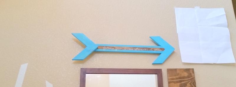 Hang Wooden Arrow