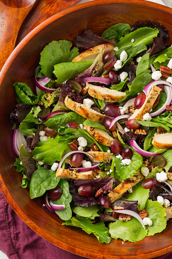 grilled-chicken-and-grape-spring-salad3-crop
