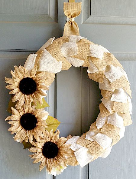 Fall Burlap Ribbon Wreath using a Pool Noodle
