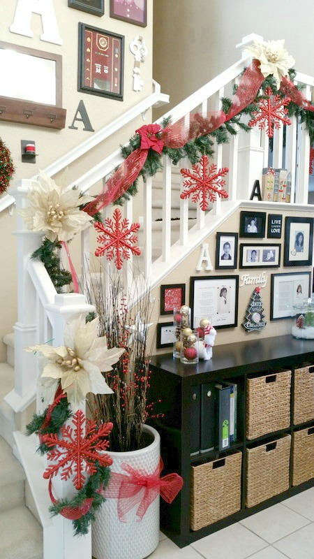 2015 holiday homes entryway