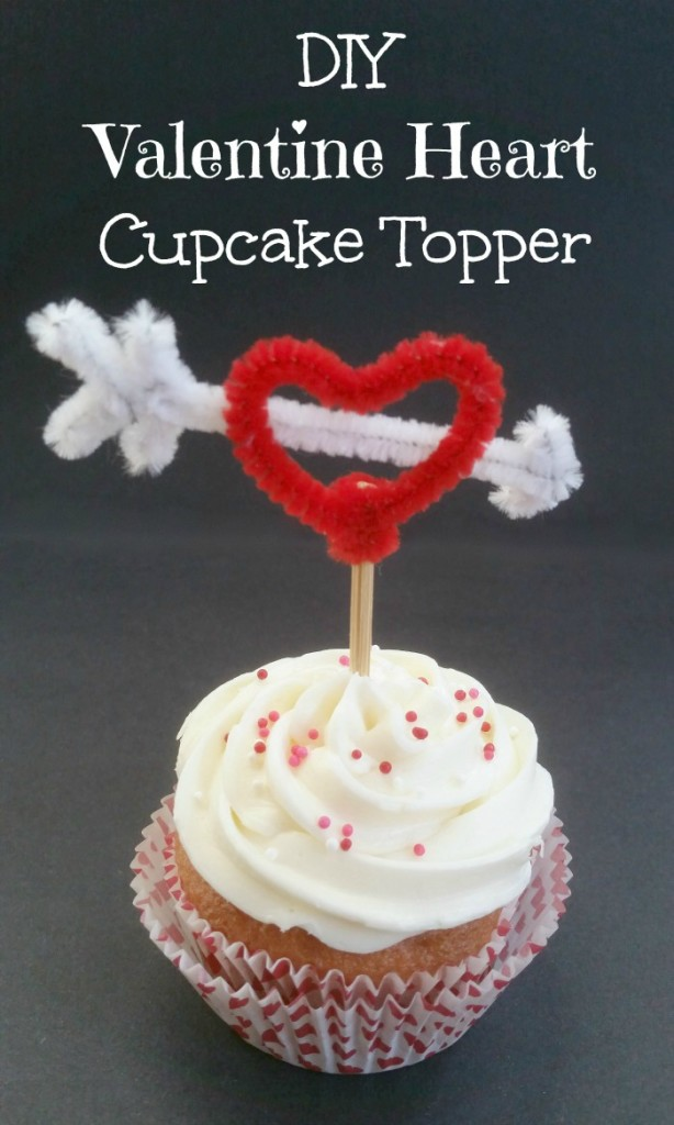 DIY Valentine Heart Cupcake Toppers