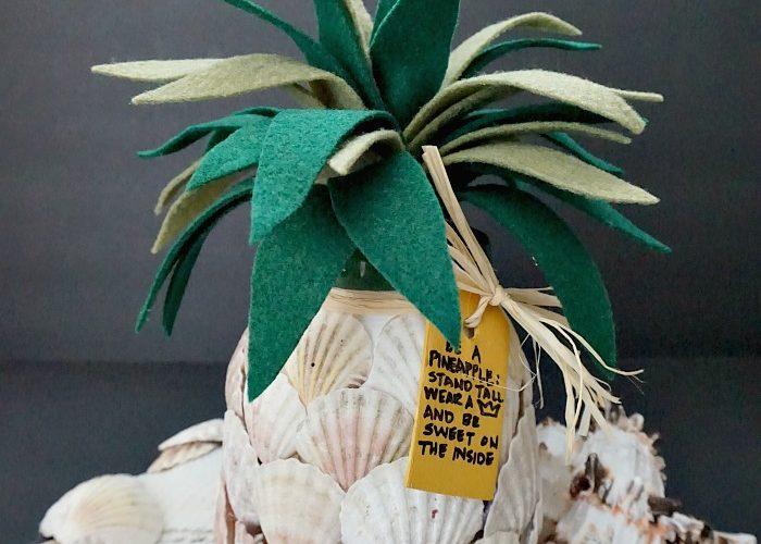 DIY Seashell Pineapple