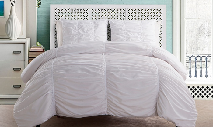 Save 40-80% on Bedding Comforters with Groupon!