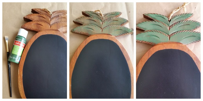 wood pineapple chalkboard leaves