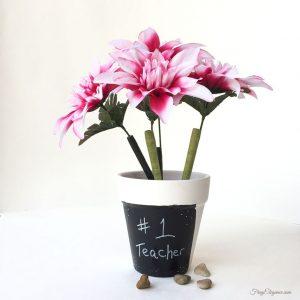 Flower pot pens