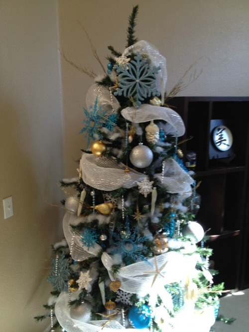 icy wonderland christmas tree