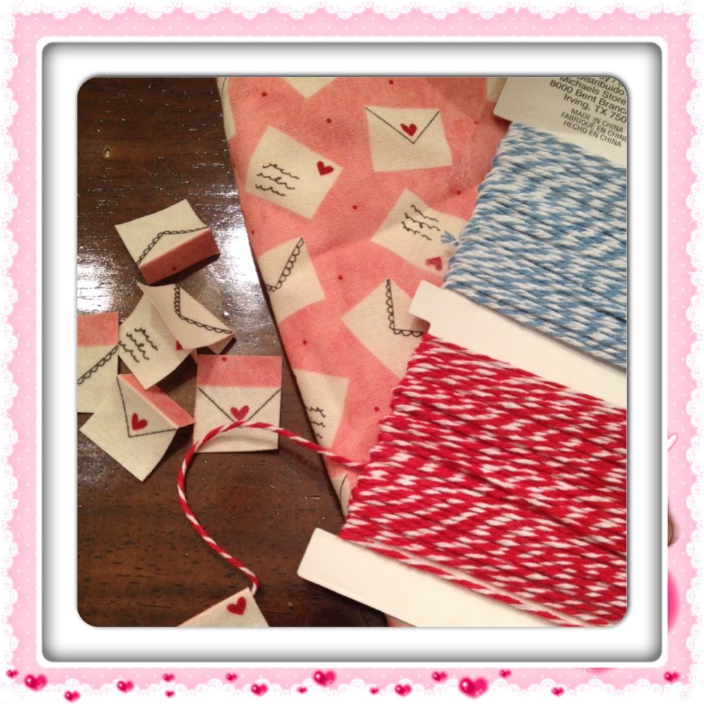 Valentine Mini Bunting Tutorial