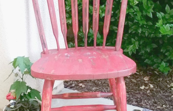 2016 Thrift Store Decor Upcycle Challenge – Red Weathered Chair