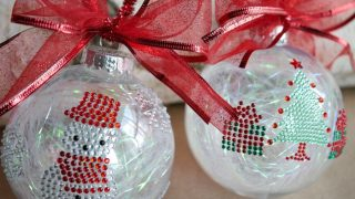 Simple Sticker Ornaments - Kids Christmas Craft