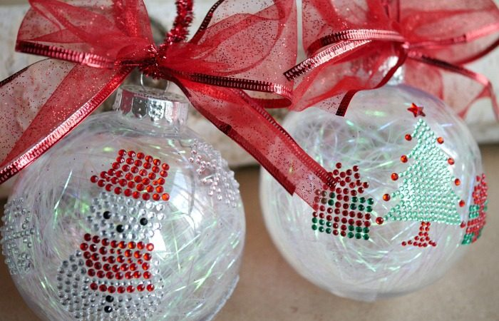 Simple Sticker Ornaments – Kids Christmas Craft
