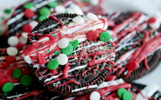 Festive Glitter Oreo Cookies – Day 8 12 Days of Christmas Blog Hop