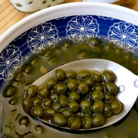 How to Make Matcha Boba Balls from Scratch