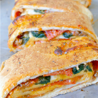 Giant Pizza Roll Recipe - Pizza Stromboli