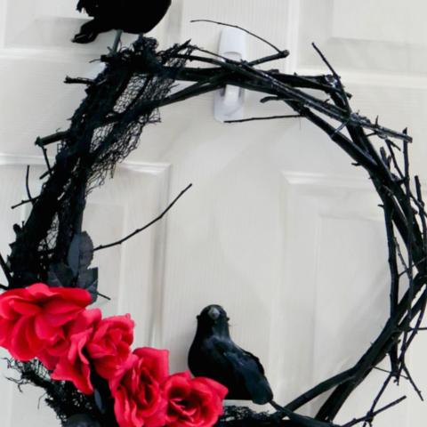 DIY Black twig wreath slider
