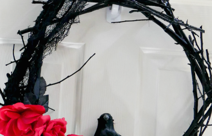 DIY Black twig wreath slider