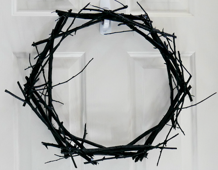 DIY Black Wreath Plain