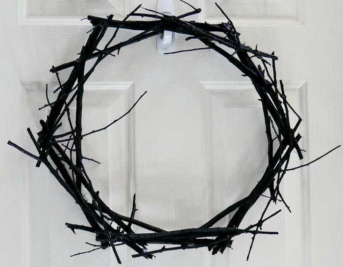 DIY Black Wreath Plain