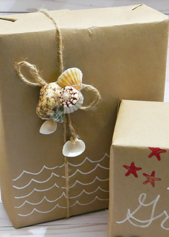 Simple seashell gift wrappin