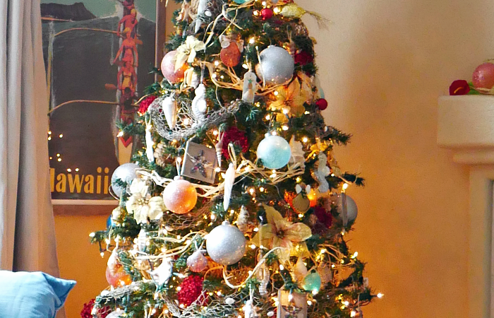Tropical Ocean Christmas Tree – Day 2 Christmas Tree Blog Hop
