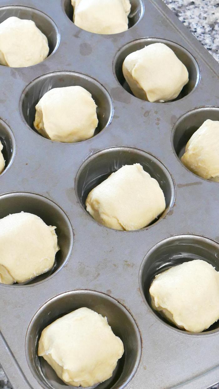 Raw magic marshmallow crescent puffs