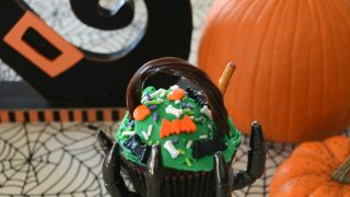 The Witch Is In: Halloween Cauldron Cupcakes!