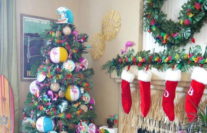 Luau Santa Christmas Tree – Tropical Christmas