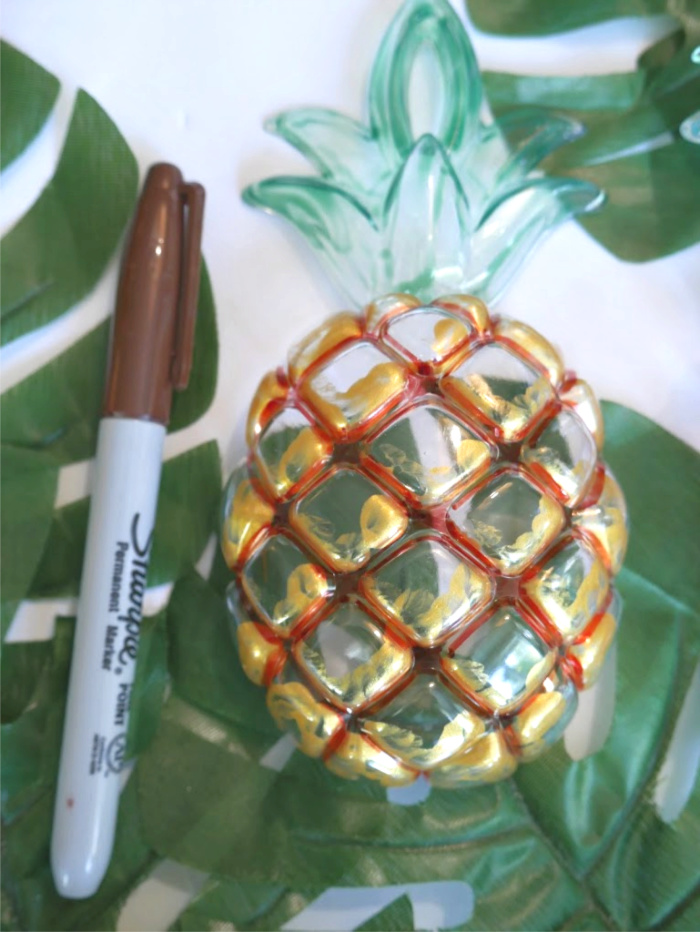 brown-sharpie-color-outside-pineapple