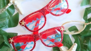 DIY Glitter Beach Sunglass Ornaments