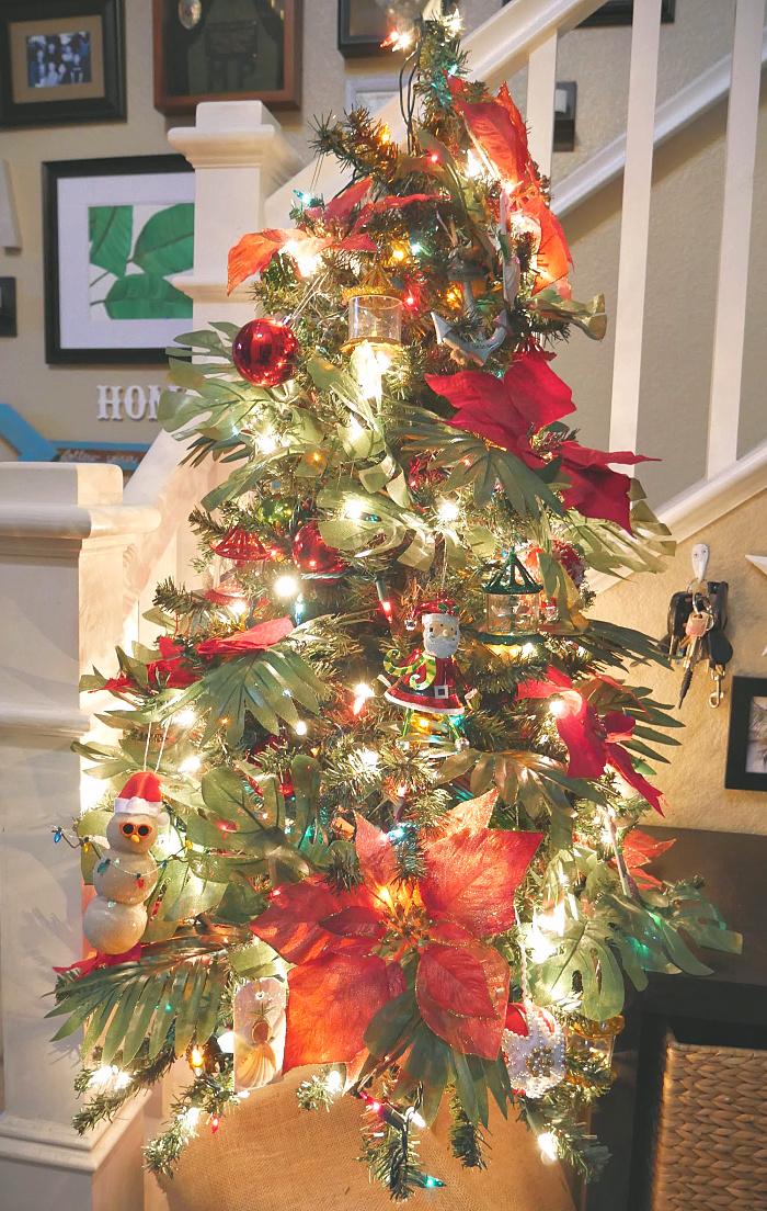 Mini Beachmas Tree - Entry Christmas Tree