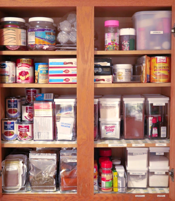 2020 Baking and Spice Cabinet Organization Tips